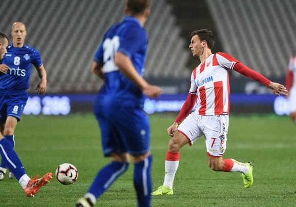 Miloš Vulić u duelu protiv Radnika