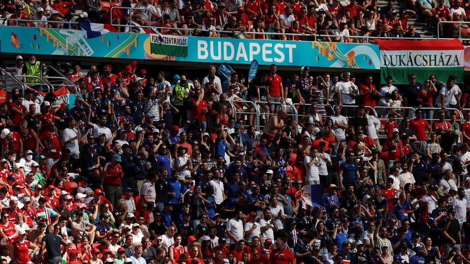 Fani reprezentacji Francji w Budapeszcie