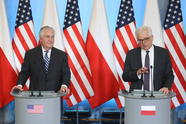 Minister spraw zagranicznych Jacek Czaputowicz i sekretarz stanu Stanów Zjednoczonych Rex Tillerson