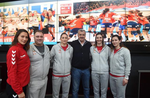 Slađana Pop-Lazić, Živojin Maksić, Jovana Stoiljković, predsednik RSS-a Božidar Đurković, Jelena Lavko i Jovana Milojević