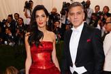 Amal i Džordž Kluni blistali su na crvenom tepihu