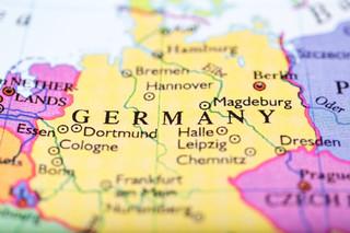 Niemcy: Zakłady pracy rozpoczęły szczepienia pracowników przeciwko koronawirusowi