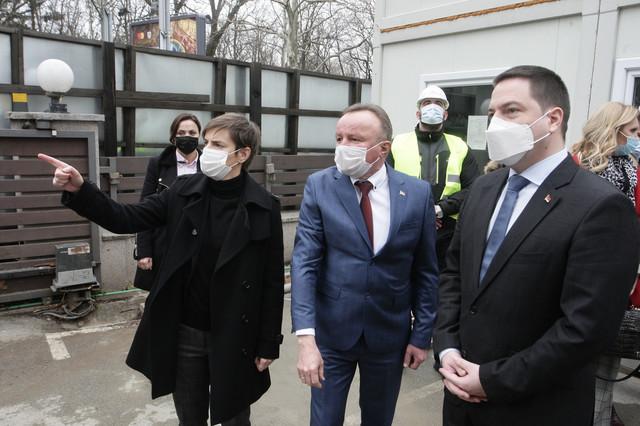 Ana Brnabić, Milija Suknović i Branko Ružić