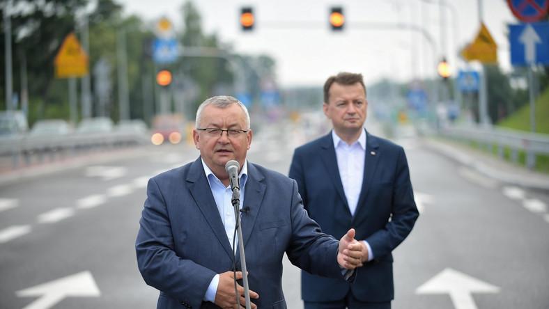 Andrzej Adamczyk, Mariusz Błaszczak