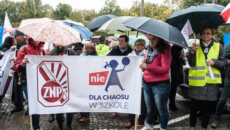 Protesty ws. reformy edukacji