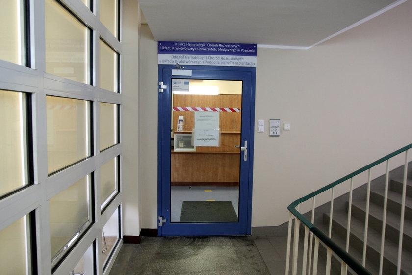 Wejście na oddział hematologii szpitala Przemienienia Pańskiego