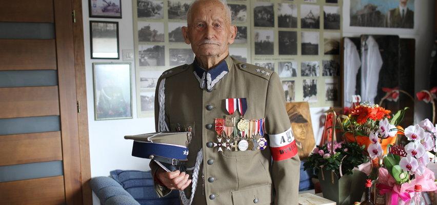 30 razy otarłem się o śmierć. Wspomnienia ostatniego żołnierza września 1939 r. z oddziału płk. Maczka