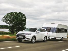 Przejechaliśmy 50 tys. km Mitsubishi Outlanderem PHEV. Czy rzeczywiście pali 2,0 l/100 km?