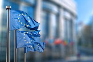 Nasz kraj dostaje rykoszetem za spór z Brukselą o praworządność