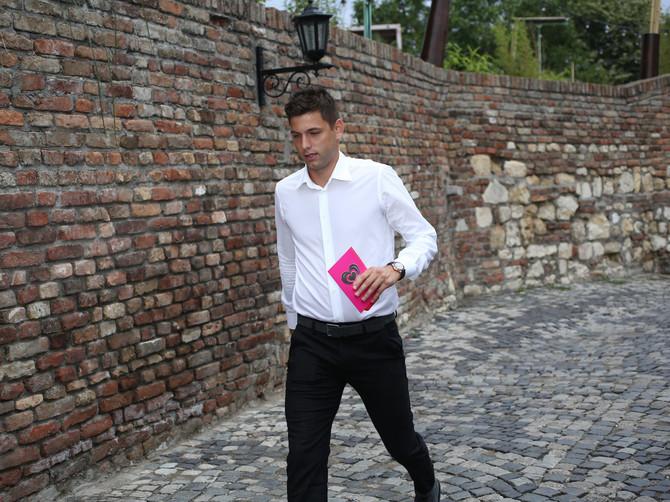 Filip Krajinović stiže na venčanje bivšeg trenera