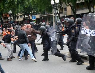 Burmistrz Barcelony: Ponad 460 rannych w Katalonii
