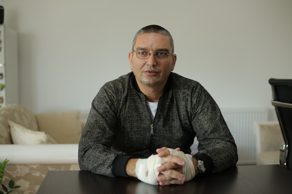 Slavoljub Stojadinović razoružao je naoružanog napadača iz škole u Velikoj Plani