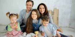 Polacy biedni, ale szczęśliwi? Zaskakujące wyniki badań