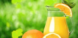 Dietetycy ostrzegają. Sok to nie to samo co owoc!