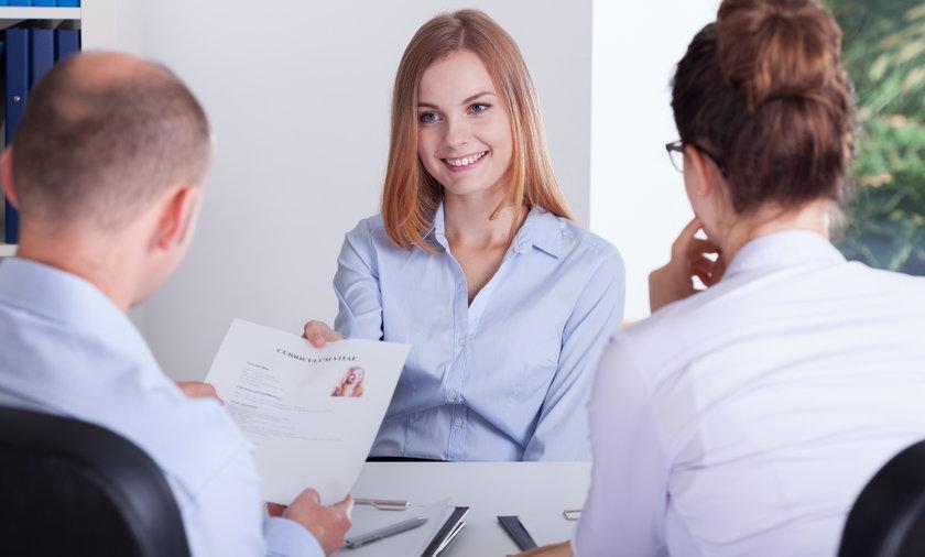 Prezes(ka) firmy może liczyć na 10 razy tyle, ile nauczyciel stażysta.