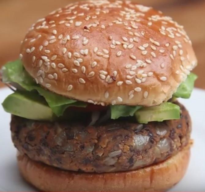 116769_burger-pokr