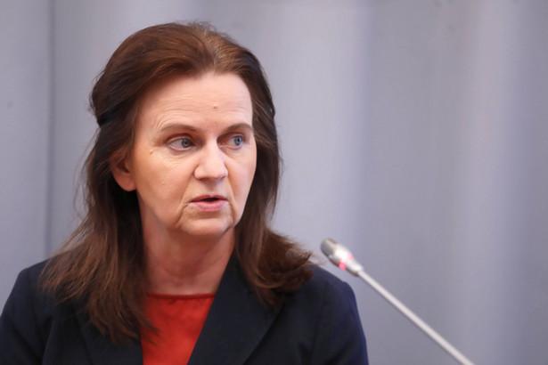 Gertruda Uścińska przypomniała, że w obecnym stanie prawnym jest szereg rozwiązań adresowanych dla płatników składek, którzy znajdują się w trudnej sytuacji: jest to odroczenie terminu płatności składek na ubezpieczenia społeczne, rozłożenie na raty lub umorzenie