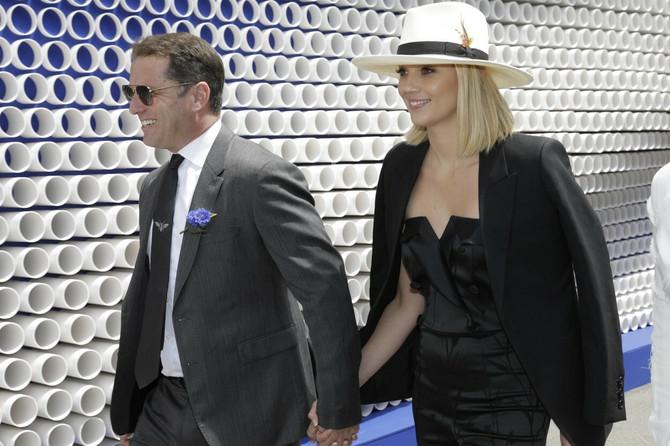 Karl Stefanović sa verenicom
