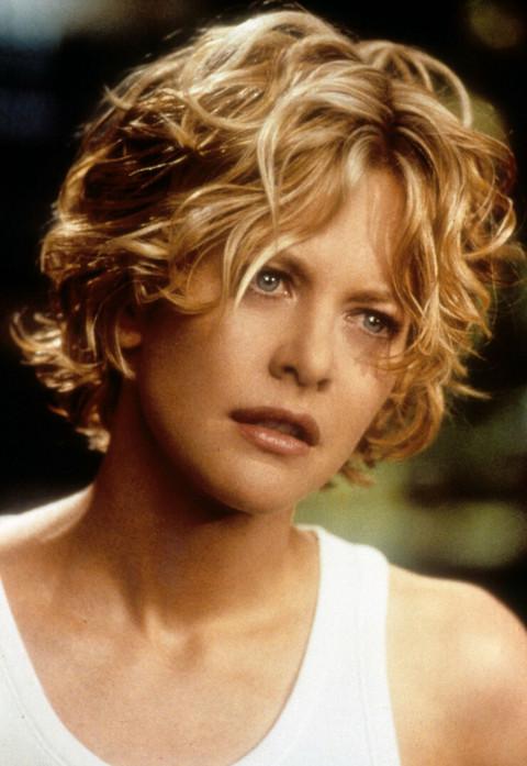 90-ih je bila omiljena glumica, a evo kako DANAS izgleda u KUPAĆEM U ŠESTOJ DECENIJI!