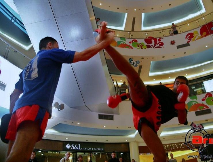 580864_kik-boksfoto-makoto