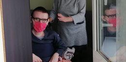 Niepełnosprawny 22-latek od połowy lutego nie może wyjść z domu. Bo zepsuła się winda