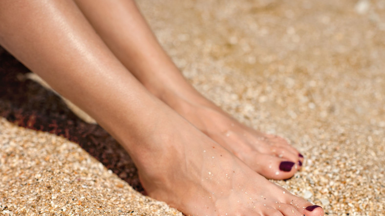 Według szacunków lekarzy na grzybicę paznokci cierpi około 20 procent Polaków