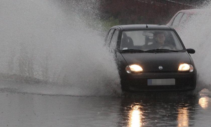 Burze i deszcze w Polskich miastach