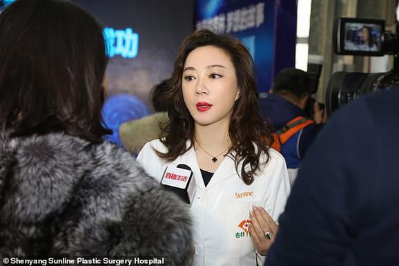 Dr Ši Lingdži, direktorka bolnice, izjavila je da bolnica neće naplatiti troškove operacije u iznosu od  500.000 juana, tj. 56.000 funti, a prikupljenih 20.000 funti uložiće u istraživanja i rehabilitaciju Sjao Feng