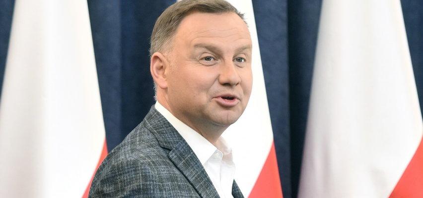 Andrzej Duda mówi, że musi być twardy. Ludzie zaczęli z niego drwić...