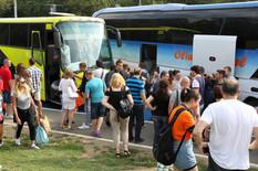 """""""UZIMALI 50 EVRA DO ĐAKU"""" Vođa puta ekskurzije u Španiju već varao turiste, nadležni sumnjanju da je godinama u DOSLUHU SA ŠAKIROM"""