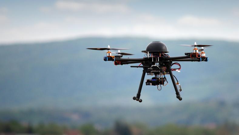 Kielce: dron w pobliżu stadionu podczas meczu EURO U21. Spore problemy mieszkańca Masłowa