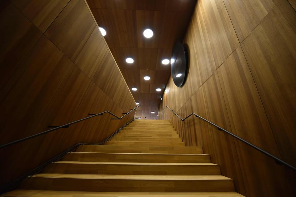 Filharmonia kosztowała prawie 800 mln euro zamiast 80 mln. Oto jej wnętrze