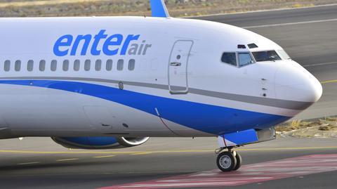 Enter Air posiada pięć stałych baz operacyjnych w Warszawie, Katowicach, Poznaniu, Wrocławiu i Paryżu oraz kilka baz sezonowych, m.in. w Londynie i Tel Awiwie. Spółka jest notowana na GPW od 2015 r.