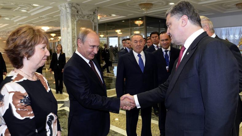 Poroszenko i Putin porozumieli się w sprawie przerwania ognia w Donbasie