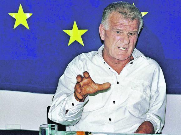 Na kraju će ispasti da se otac sam ubio, da se sam ubio i Đinđić, kaže Veljko, sin Ivana Stambolića