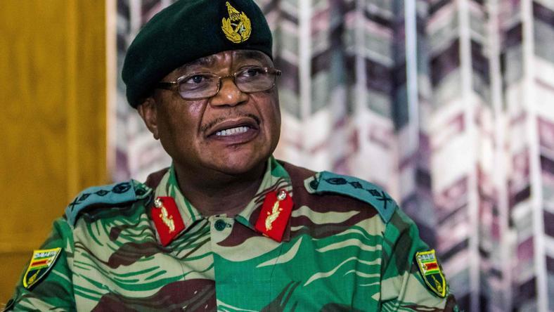 Dowódca sił zbrojnych Zimbabwe gen. Constantino Chiwenga