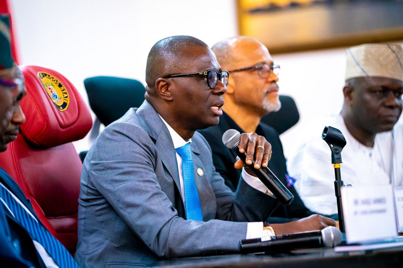 Lagos state Governor, Babajide Sanwo-Olu has held a meeting with the 57 Local Government and Local Council Development chairmen to prevent the spread of Coronavirus to local communities in the state. [Twitter/@jidesanwoolu]