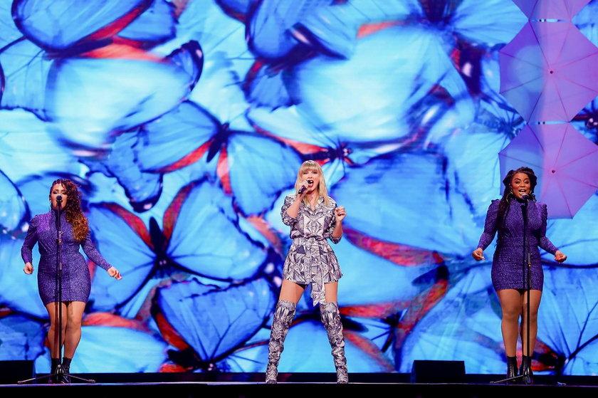 Na inaugurację wyprzedaży w Dzień Singla zaśpiewała dla Chińczyków Taylor Swift