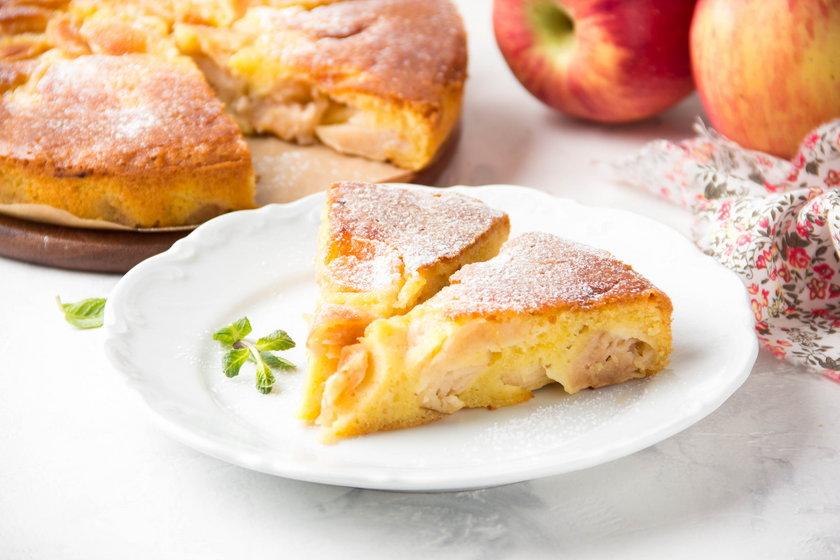 Ciasta pełne świeżych owoców - idealne na ciepło w chłodne dni