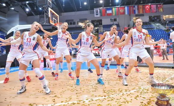 Ženska košarkaška reprezentacija Srbije slavi evro-titulu