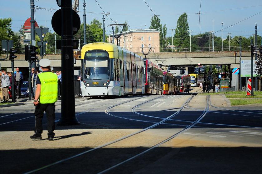 Wypadek tramwaju z osobówką w Łodzi