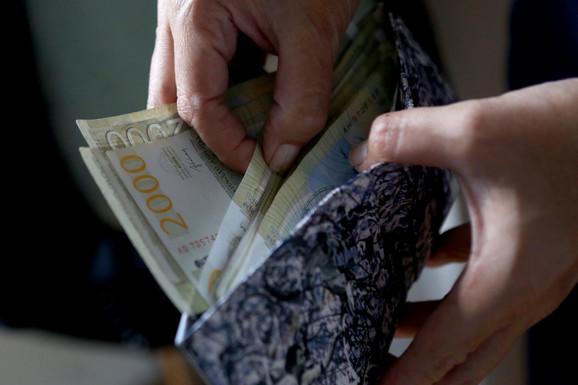 USKORO PREGOVORI U VLADI  Sindikati traže MINIMALAC od 40.000 dinara