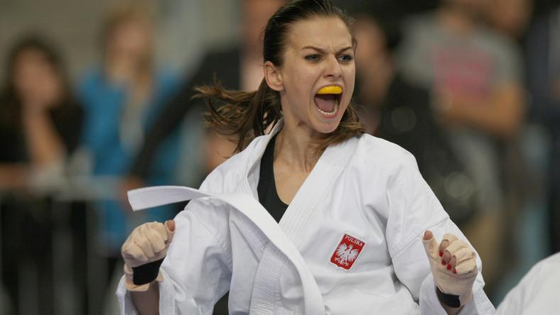 Anna Lewandowska w ostatni weekend sięgnęła po dwa medale mistrzostw świata w karate w czeskiej Pradze.