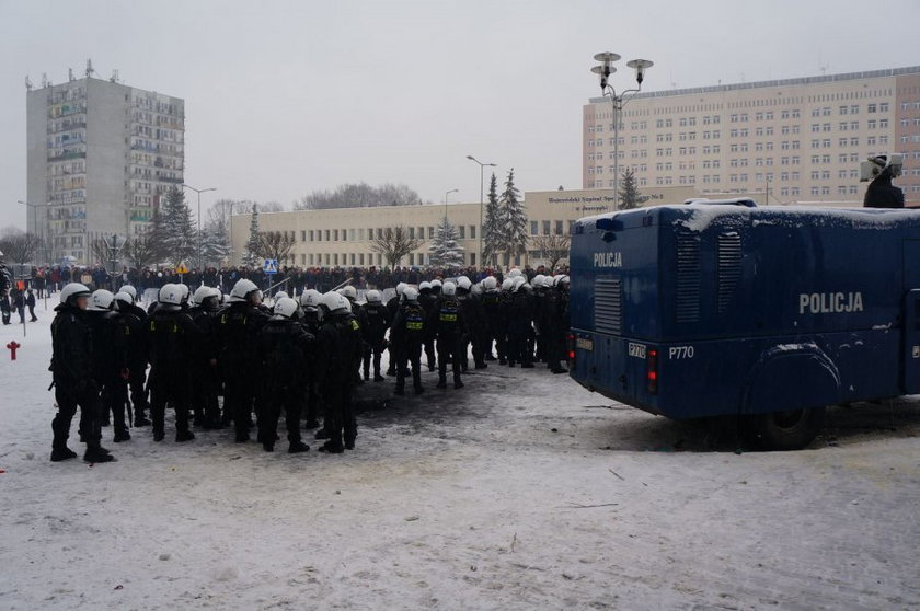 Jastrzębie Zdrój. Interwencja policji podczas manifestacji 9 lutego 2015 roku