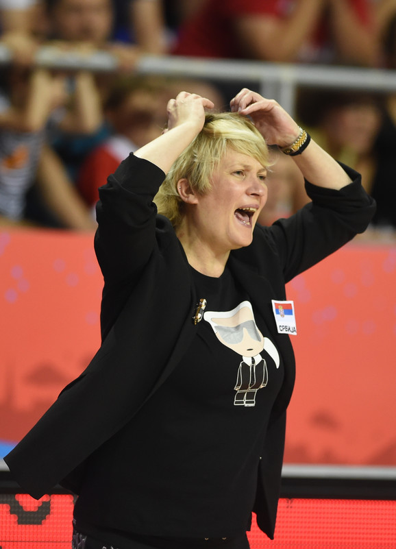 Marina Maljković tokom meča Srbija - Belgija na Evrobasketu