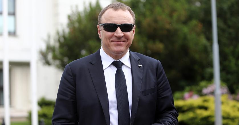 Jacek Kurski zarabia teraz ponad 30 tys. zł miesięcznie