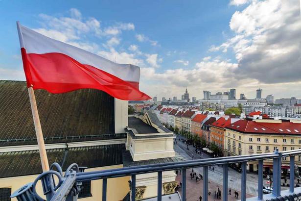 Polska, Warszawa, flaga Polski