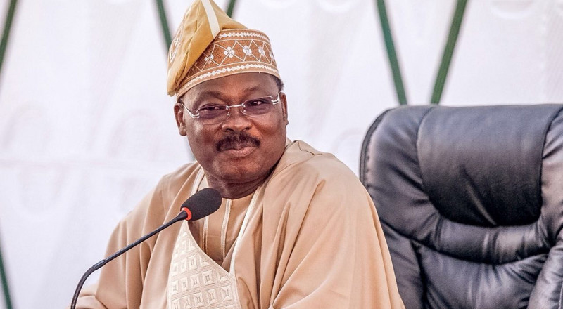 Ojerinde cautions Oyo APC members over protest against Ajimobi's nomination