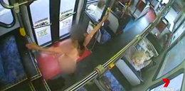 Striptiz w autobusie miejskim! Pasażerka rozebrała się do rosołu