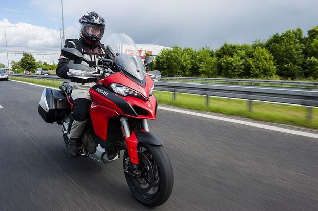 Ducati Multistrada 1200 i autostrada